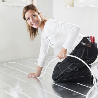 Floore põrandakütteplaadi paigaldamine
